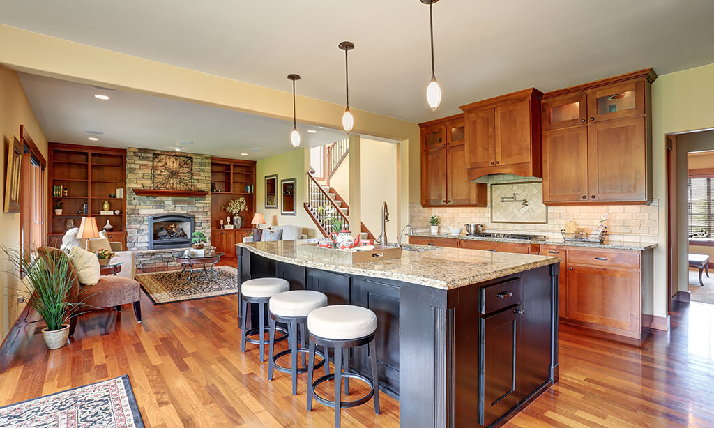 Real Estate positioned in Madera Parc